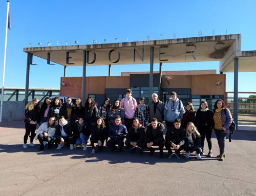 Els alumnes que participen al projecte de prevenció de la violència masclista amb parelles joves visiten Lledoners